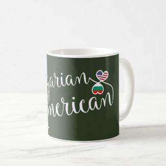 Americano búlgaro caneca entrelaçada dos corações