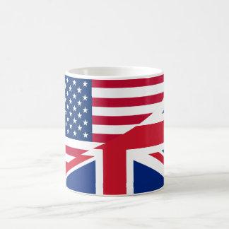 Americano e caneca fundida britânica da bandeira