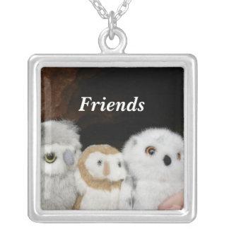 Amigos Colar Com Pendente Quadrado