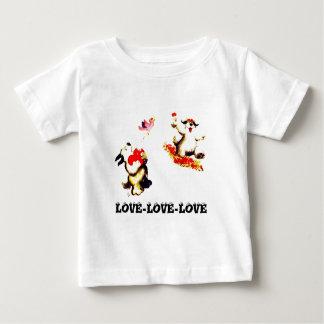 Amor-Amor-Amor Tshirts