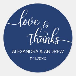 Amor branco & obrigados do casamento do roteiro adesivo redondo