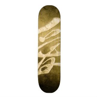 Amor chinês na pedra shape de skate 21,6cm