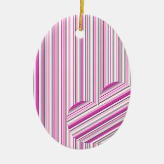 Amor cor-de-rosa do teste padrão ornamento de cerâmica oval