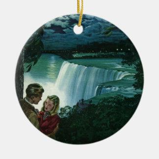 Amor da lua de mel do vintage, Newlyweds em Ornamento De Cerâmica Redondo