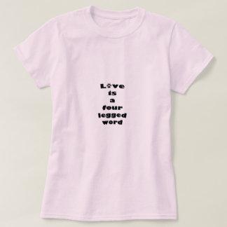 Amor de quatro patas camiseta