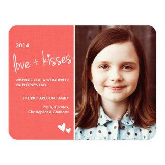 Amor e beijos do cartão com fotos do dia dos convites personalizado