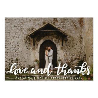 Amor e foto branca do casal do roteiro dos convite 12.7 x 17.78cm
