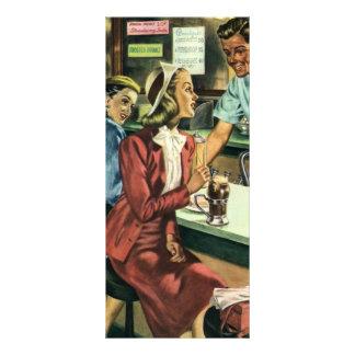 Amor e romance do vintage, senhora na loja da soda 10.16 x 22.86cm panfleto