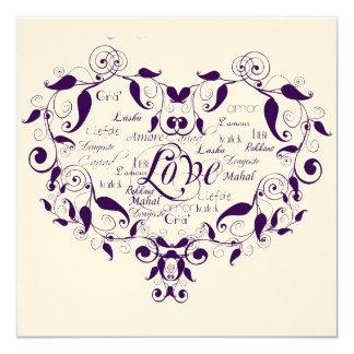 Amor em alguma língua no convite roxo do casamento