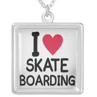 amor-skateboarding-mulheres colar personalizado