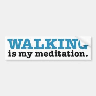 Andar é meditação (a edição azul) adesivo para carro