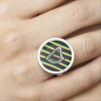 Anéis Com Imagens O irlandês listra a bandeira