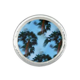 Anel de palmeiras