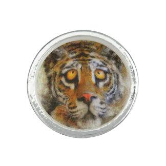 Anel grande do tigre do olho