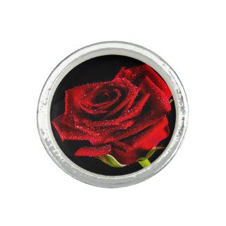 Anel Rosa vermelha bonita