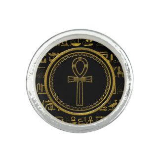 Anel Símbolo transversal de Ankh do egípcio do ouro