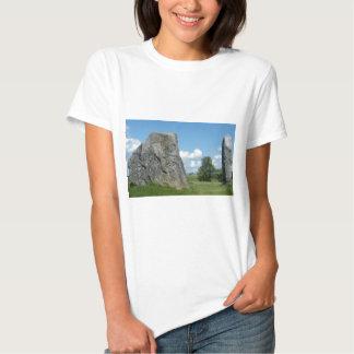 Angra em Avebury T-shirts