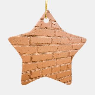 Ângulo de vista na parede de tijolo ornamento de cerâmica