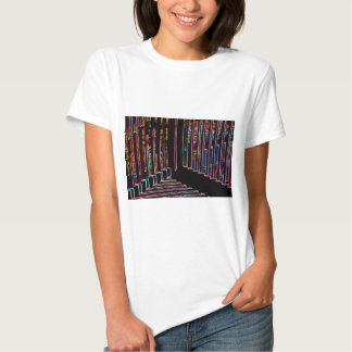 Ângulos e linhas 2 fêmea clara da camisa tshirts