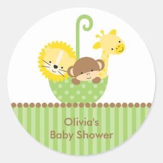 Animais da selva em etiquetas verdes do guarda-chu