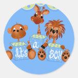 Animais do jardim zoológico é cartões de um menino adesivo em formato redondo