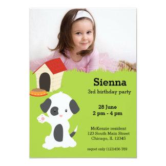 Aniversário bonito do filhote de cachorro convite personalizados