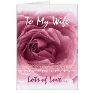 Aniversário da ESPOSA - rosa do rosa e guarnição Cartão Comemorativo