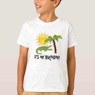 Aniversário da luz do sol da palmeira do jacaré t-shirt