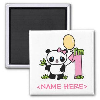 Aniversário da menina da panda primeiro ímã quadrado