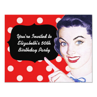 aniversário da mulher apontando dos anos 50 convites personalizado