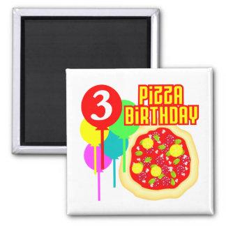 Aniversário da pizza do aniversário de 3 anos imas