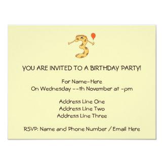 Aniversário de 3 anos. Desenhos animados amarelos Convite 10.79 X 13.97cm