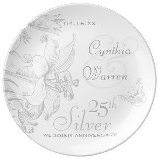 Aniversário de casamento de prata dos lírios da pratos de porcelana