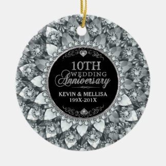 Aniversário de casamento dos diamantes brancos 10o ornamento de cerâmica
