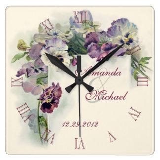 Aniversário de casamento roxo dos pansies relógio para parede