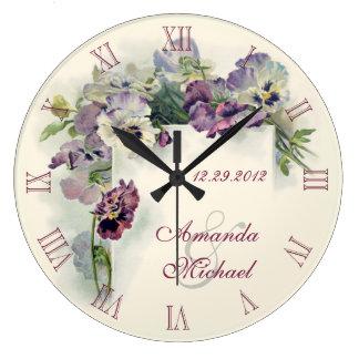 Aniversário de casamento roxo dos pansies relógios de paredes