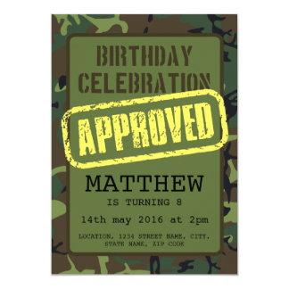 Aniversário de criança aprovado camuflagem do selo convite 12.7 x 17.78cm