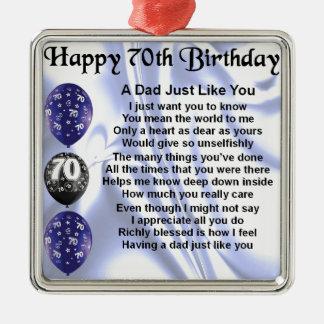 Aniversário do 70 do poema do pai ornamento quadrado cor prata