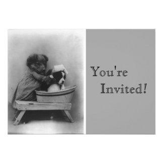 Aniversário do banho dos filhotes de cachorro do v convites personalizados