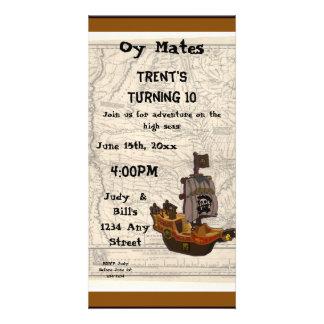 Aniversário do barco e do mapa do pirata cartão com foto