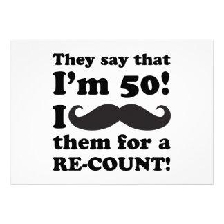 Aniversário do bigode engraçado 50th convites personalizados