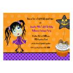 Aniversário do Ghoul do cupcake e da menina do Dia Convites