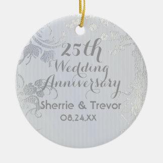 Aniversário do reflexo de prata 25o ornamento de cerâmica redondo