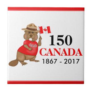 Aniversário orgulhosa canadense do castor 150 azulejo quadrado pequeno