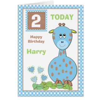Aniversário personalizado do girafa do rapaz cartão