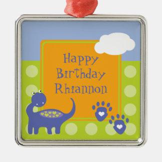 Aniversário roxo do dinossauro com pontos ornamento quadrado cor prata