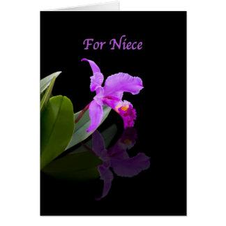 Aniversário, sobrinha, orquídea refletida no preto cartão comemorativo