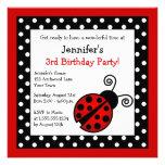 Aniversário vermelho do joaninha - bolinhas preto  convites personalizado