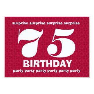 Aniversário vermelho e branco V001 da surpresa 75h Convite 12.7 X 17.78cm