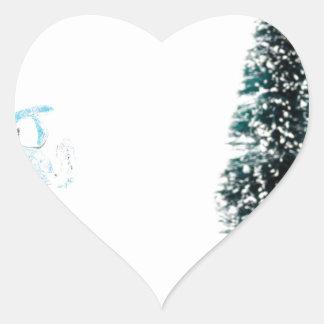 Anjo de vidro azul que praying perto da árvore de adesivo coração